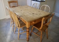 Farmhouse pine table and 6 chairs  Toronto