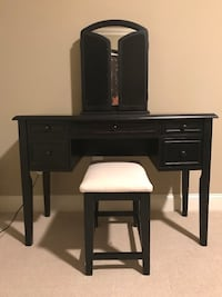 black wooden desk with chair Peachtree Corners, 30092