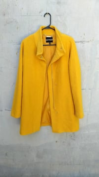 yellow zip-up jacket Knoxville, 37934