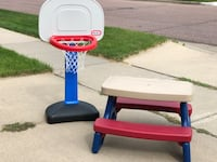 Kids basketball hoop and table Sioux Falls, 57108