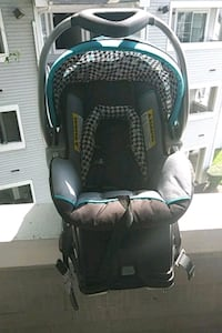 baby's black and blue car seat carrier Upper Marlboro, 20772