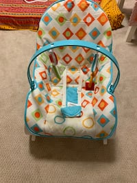 Baby rocking chair Surrey, V3W 0H8