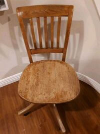 ANTIQUE DESK CHAIR Vaughan, L4L 2L6