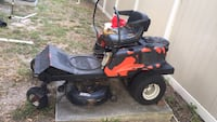 black and red ride on mower Daytona Beach, 32117