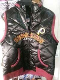Official Redskins NFL vest. XL  48 km