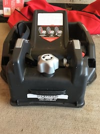 baby's black and gray car seat carrier Fort Saskatchewan, T8L 0H6