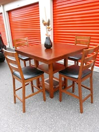 Genuine Wood & Leather, Bar Height Dining/Kitchen Table & Chair Set Hampton, 23661
