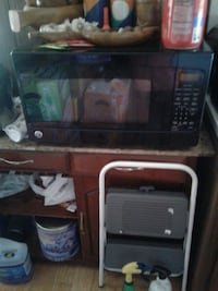 black and gray microwave oven Calhan, 80808