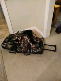 Rolling luggage suitcase duffle bag Cammo