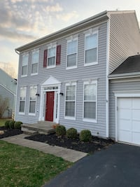 HOUSE For rent 4+BR 3.5BA Round Hill