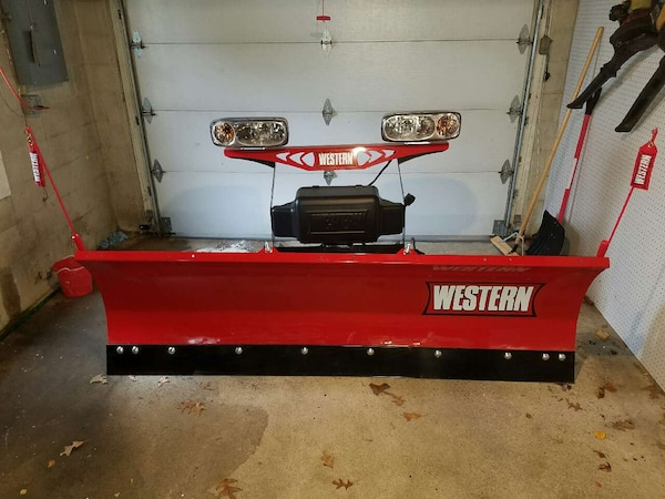 Western HTS snow plow on