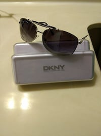 Dkny sunglasses Long Beach, 90803