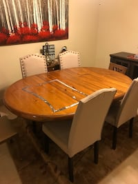 48 Inch wood  round kitchen table with leafs  Verona, 07044