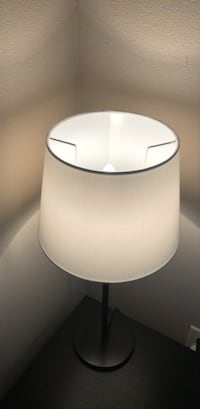 white and gray table lamp Seattle, 98122