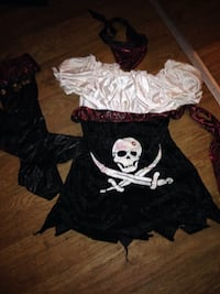 women's black and white pirate costume Albany, 42602