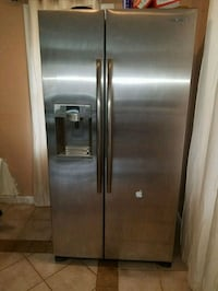 stainless steel side by side refrigerator with dispenser Manassas, 20112