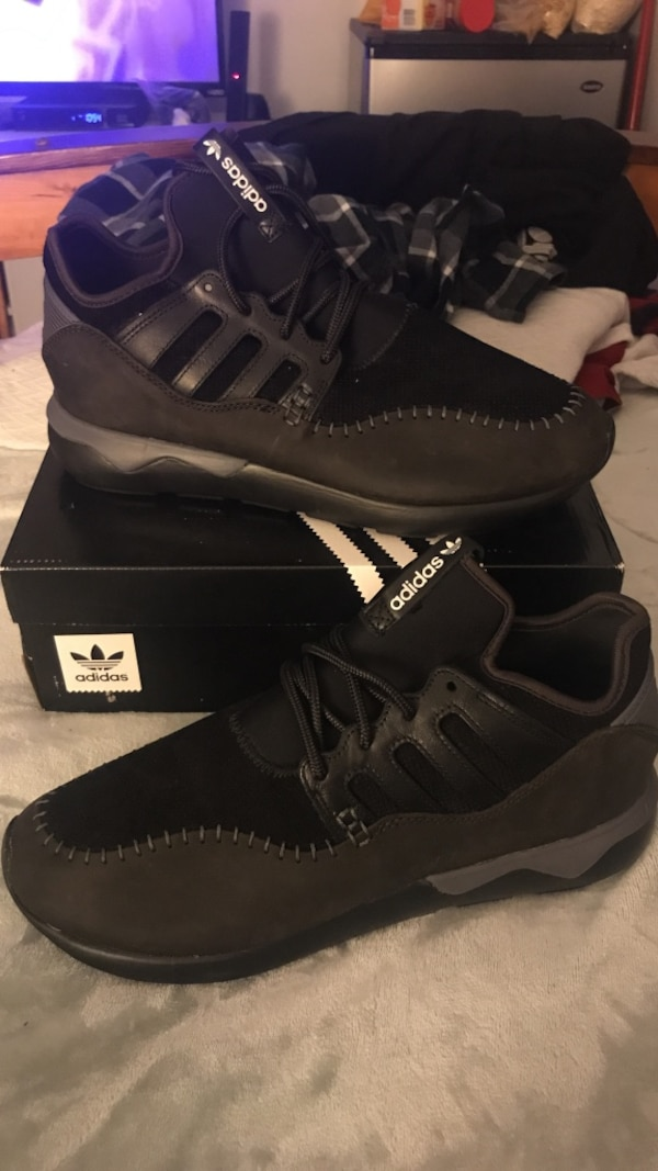 b846bcf20 Used TUBULAR MOC RUNNER ADIDAS Size-11 for sale in San Clemente - letgo