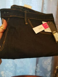 Womens Jean's size 14 new with tags Hamilton, L8H 6S5