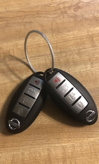 2 Nissan key fobs Germantown