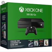 Xbox one console with controller box Ottawa, K4A 4K7