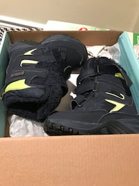 Used Snow boots US size 8 toddler Mississauga, L5N 7N6