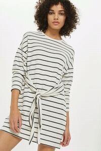 BNWT STRIPED SWEATER DRESS  Toronto, M5B 2H5
