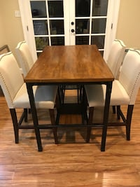 Wood & Iron Pub Table with 4 Chairs 2388 mi