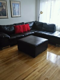 black leather sectional sofa with ottoman Montréal, H1M 1H7