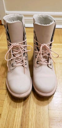 Pink Timberland Shoes for Women Toronto, M2J 1M6