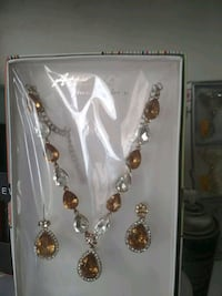 silver and gold necklace and earrings Jaipur