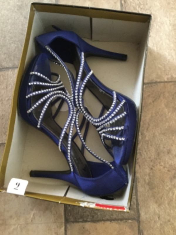 pair of blue suede peep-toe stiletto sandals with box,once wear,moving s
