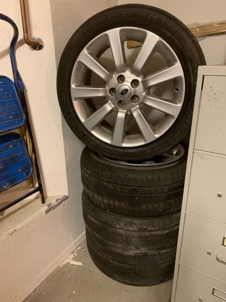 Photo Range Rover Rims and Tires