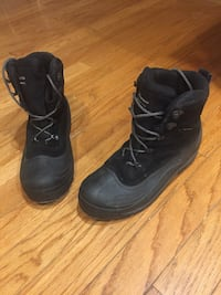 Men's Columbia snow boots
