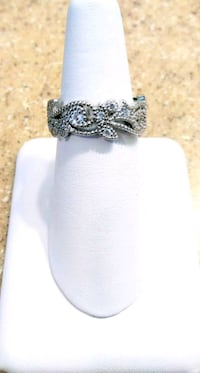 Silver Plated Floral Ring Beverly Hills, 34465