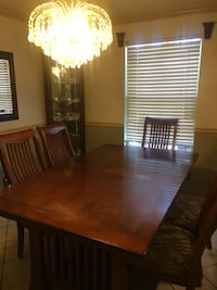 Dining Table with 6 Chairs Woodbridge, 22192