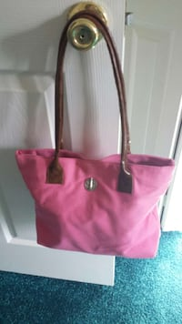 Canvas  and leather  purse Norfolk, 23503