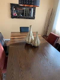 Dinette set 5 chairs fabric & leather, wood table screws are missing for table Las Vegas, 89178
