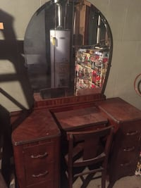 Antique Vanity Dressing Table Omaha, 68107