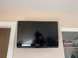 28 inch Dynex TV with DVD player