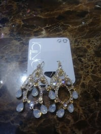 Beautiful earrings bran new from icing Westminster, 92683