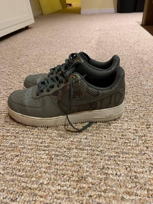 Air Force 1 07' Dark Stucco and River Rock SIZE 9.5 US 47d1c761-25ab-49d3-917f-da9277ec4003