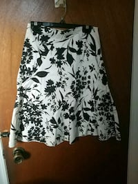 Skirt Windsor, N8X 3G2