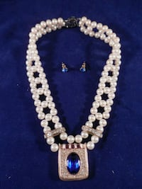 white pearl beaded necklace with earrings Toronto, M6L 1A4