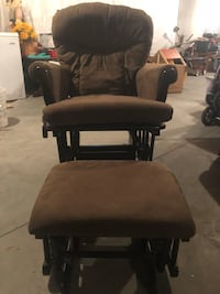 Glider chair and Ottoman in pristine condition never used   Fort Edward, 12828