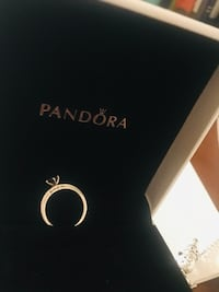 Silver pandora ring with box