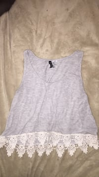 H&M tank top  Winnipeg, R2X 1Z4
