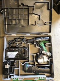 Hitachi 18volt Cordless Lithium Ion DriverDrill/Flashlight Combo with 2 Good Batteries, Charger and Hard Carry Case. Meet in Sevierville. $40.00 Firm  Sevierville, 37876