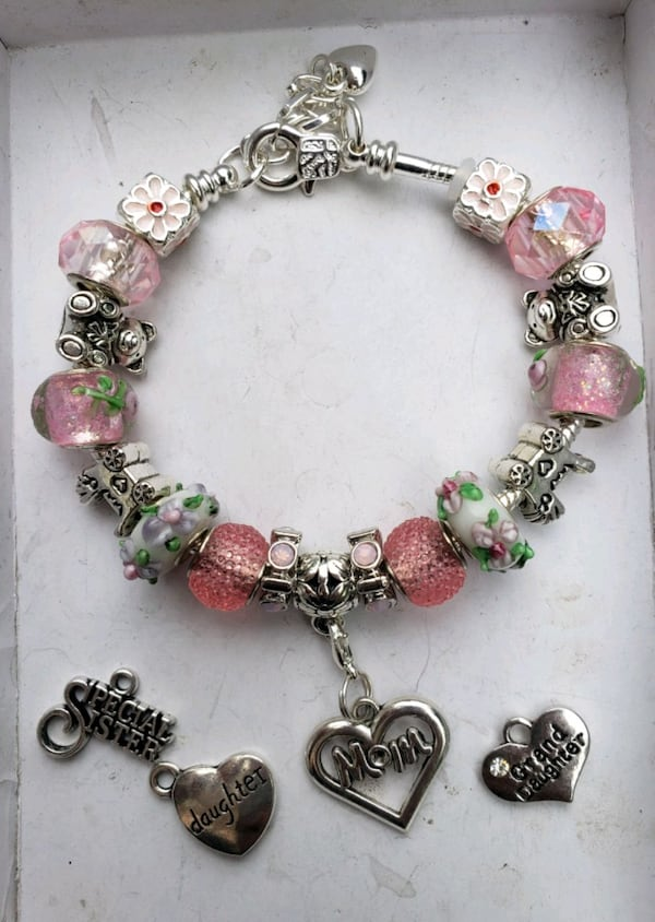 Baby girl mom to be charm bracelet 1for $15 or 2 for $25 f3ba9403-0ea4-4ef6-a5df-f66db7664655