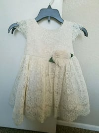 Macys Rare Editions Size 2T Riverside, 92507