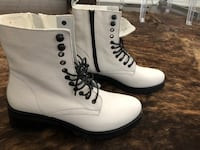 Size 10 Brand new White leather combat boots  Markham, L6C 0H9